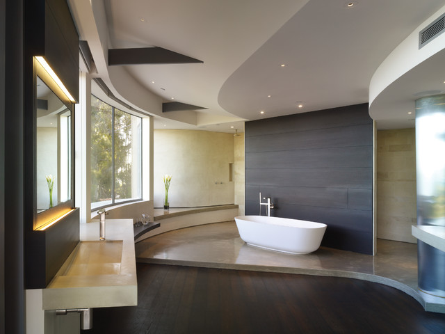 GRIFFIN ENRIGHT ARCHITECTS: Point Dume Residence modern bathroom