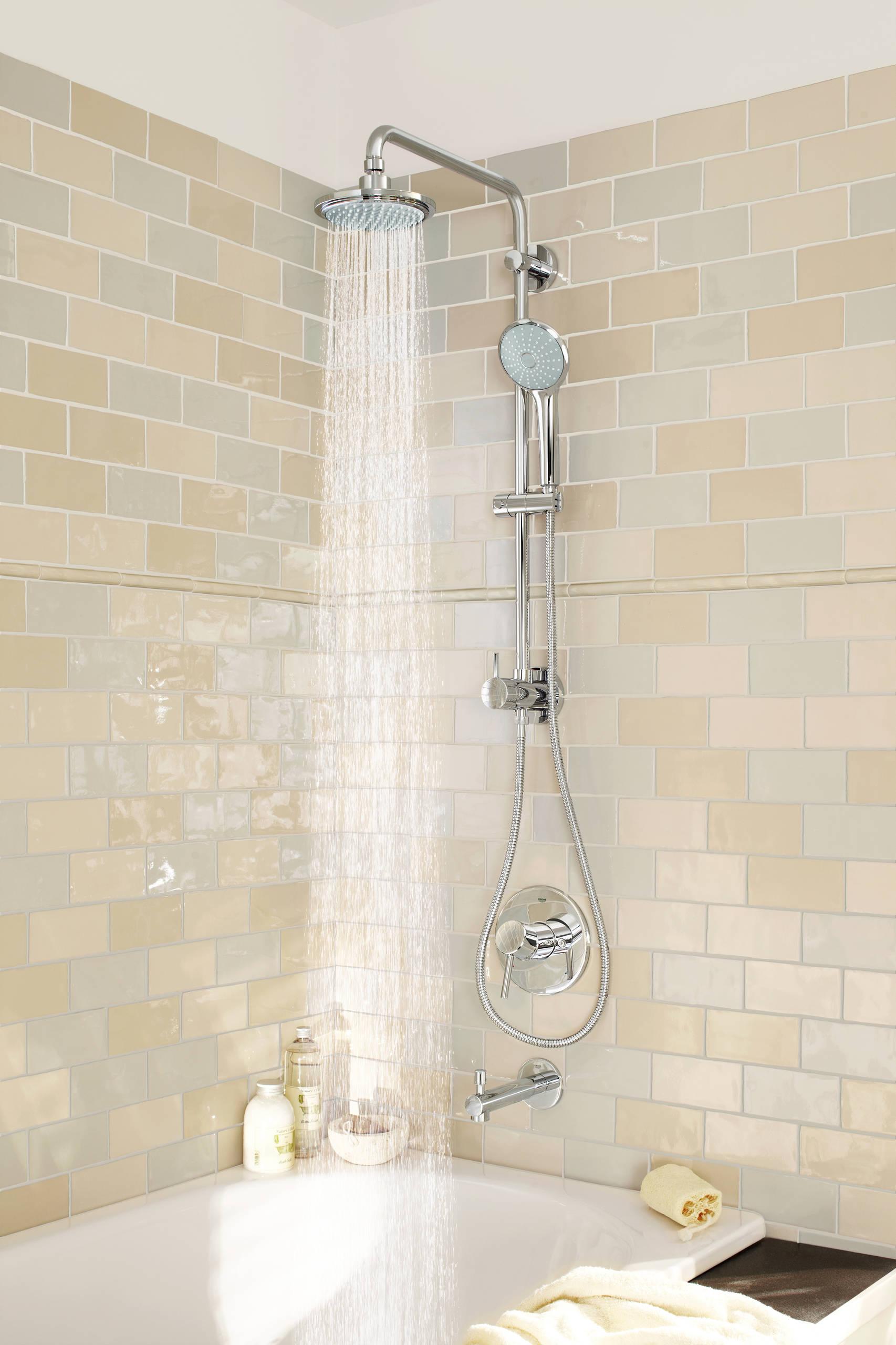 Hals über Kopf Stilvolle Duscharmaturen fürs Badezimmer