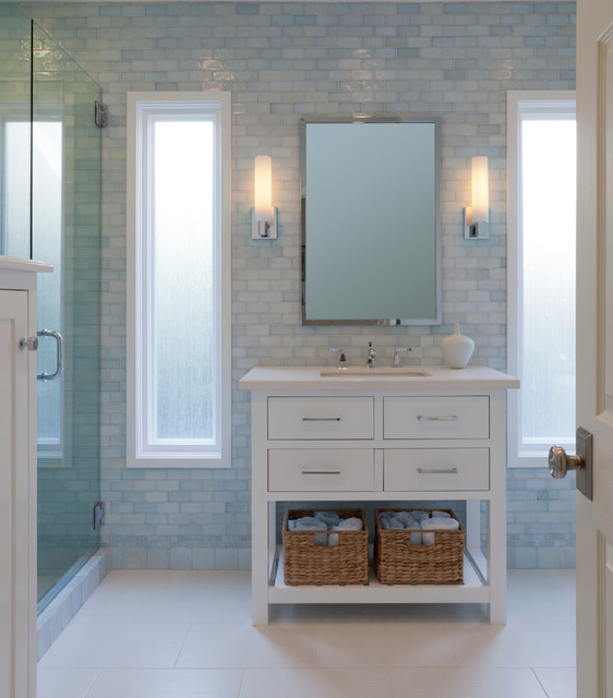 Guest Bath In Sherman Oaks Ca Traditional Bathroom Los Angeles By Lauren Jacobsen