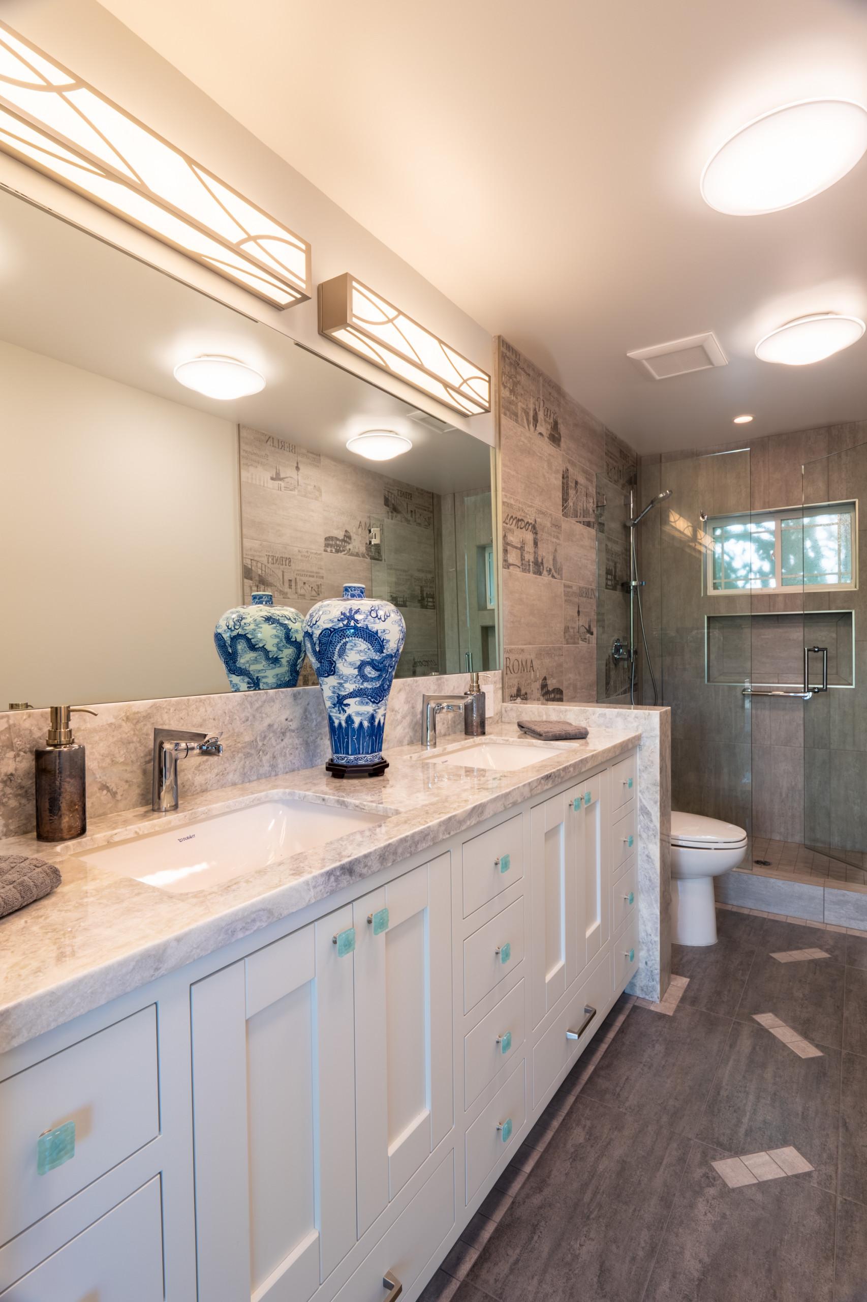 Guest Bathroom in Los Altos