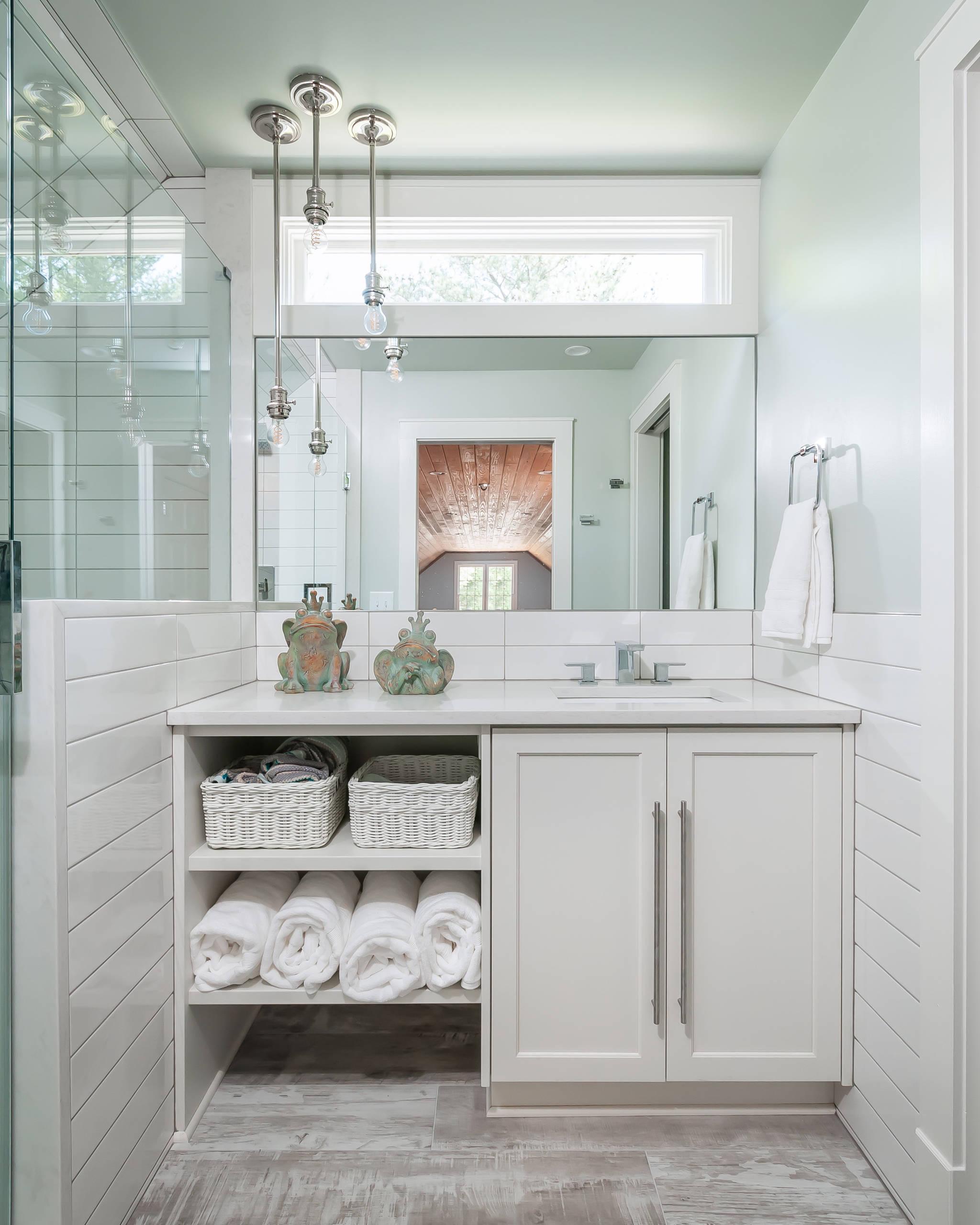 8 Beautiful Small Coastal Bathroom Pictures & Ideas - October