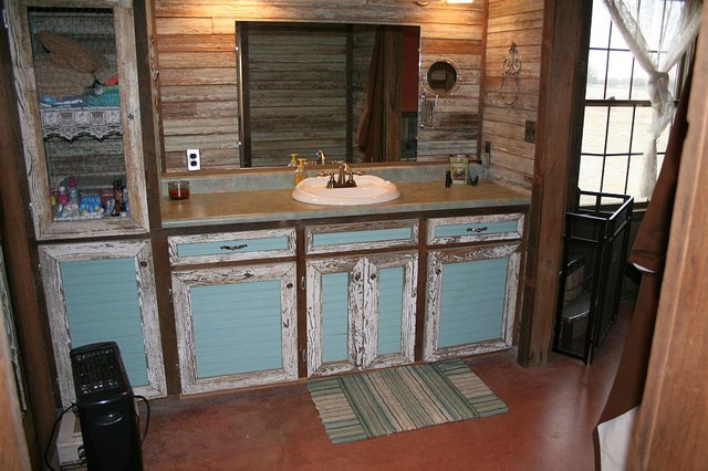 H Kampf Cabin Rustic Bathroom Other Metro By Big