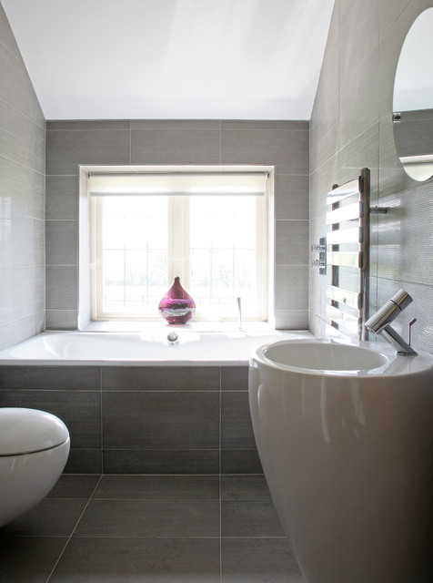 Hadley wood modern country house contemporary bathroom for Bathroom interior design london