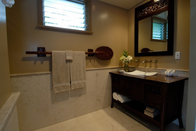 Hale Aina By The Sea Tropical Bathroom Hawaii By