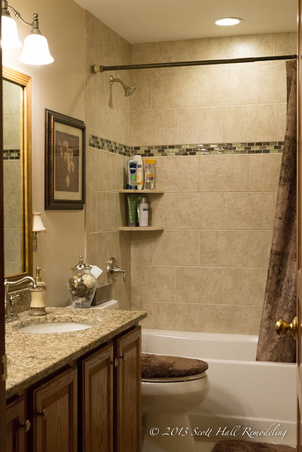 Hall Bath In Galloway Ohio Traditional Bathroom Columbus By Scott Hall Remodeling