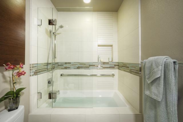 Hall Bath - Modern - Bathroom - sacramento - by MAK Design + Build Inc.
