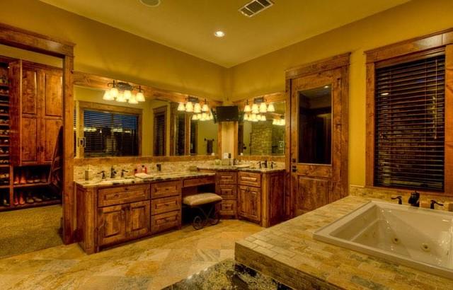 Hamilton Pool Ranch traditional-bathroom