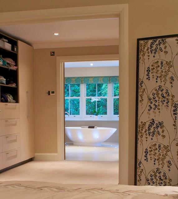Hampshire Family Home modern-bathroom