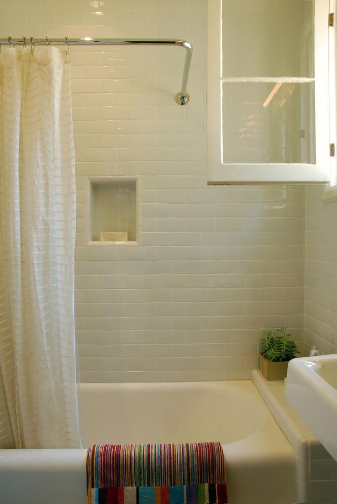 Bathroom - modern white tile and subway tile bathroom idea in Los Angeles
