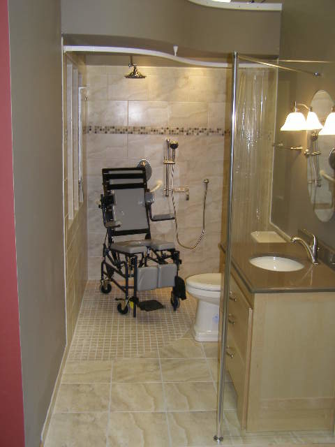 Handicapped accessible universal design showers for Handicapped accessible bathroom plans