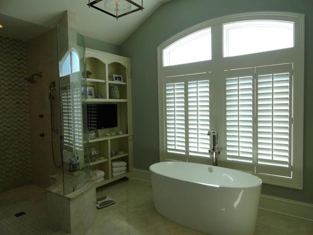 Harbor Waterfront Home contemporary-bathroom