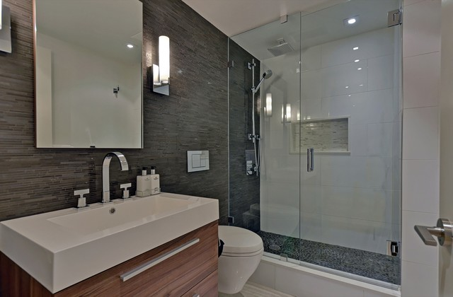 Urban Retreat II Modern Bathroom Toronto By