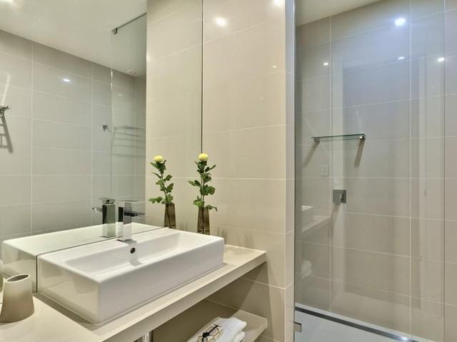 Harcourt st, Brisbane modern-bathroom