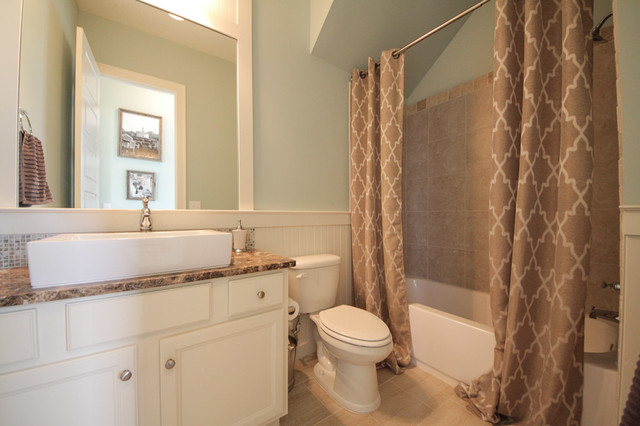 Harris doyle homes bathroom birmingham by harris for Bathroom design birmingham