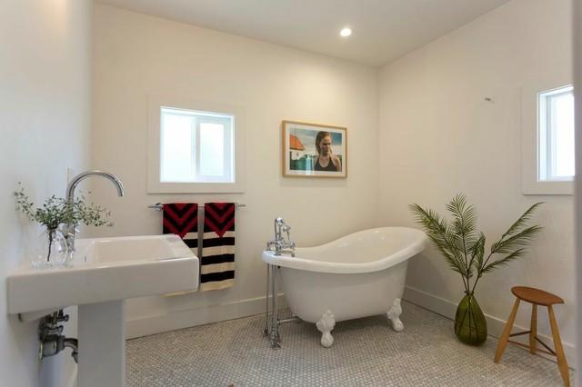 Hazlewood Ave, Eagle Rock eclectic-bathroom