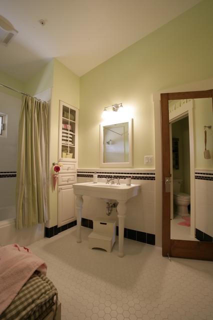 Healdsburg remodel traditional-bathroom