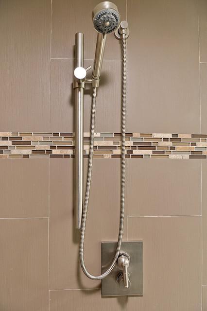 Heather Cleveland Design contemporary-bathroom