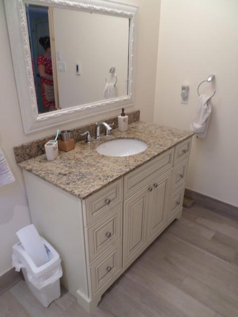 Heenancottage transitional bathroom toronto by for Bathroom decor midland