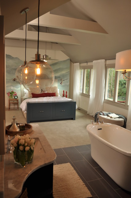 HGTV-HOME ADDITION-MASTER BED, BATH AND SITTING ROOM traditional-bathroom