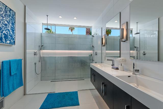 Hidden desert south midcentury bathroom los angeles by h3k design - Mid century modern bathroom design ...