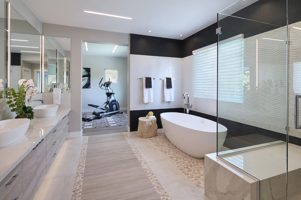Bathroom - coastal bathroom idea in Orange County