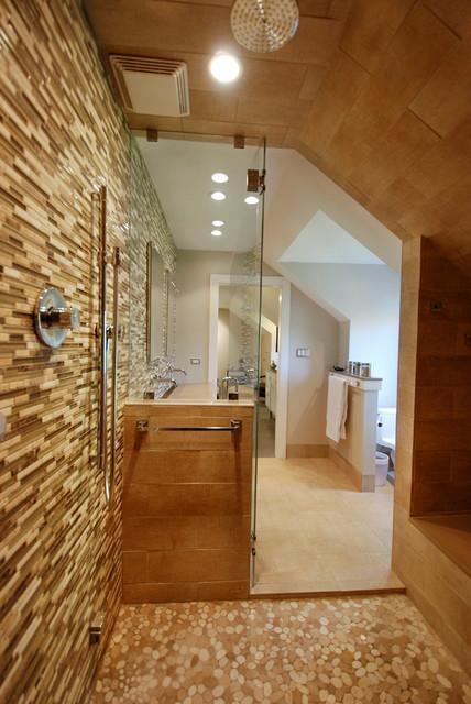 High design in regular looking ranch contemporary for Modern ranch bathroom
