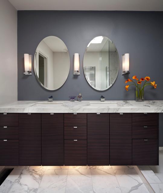 Traditional Contemporary Bathrooms Ltd: Highfield Bathroom