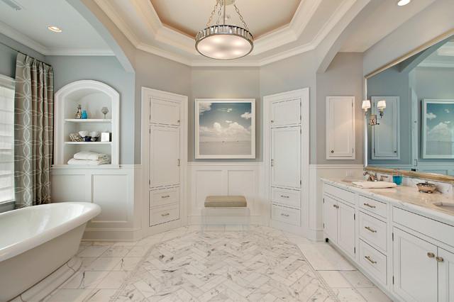 Elegant bathroom photo in Chicago