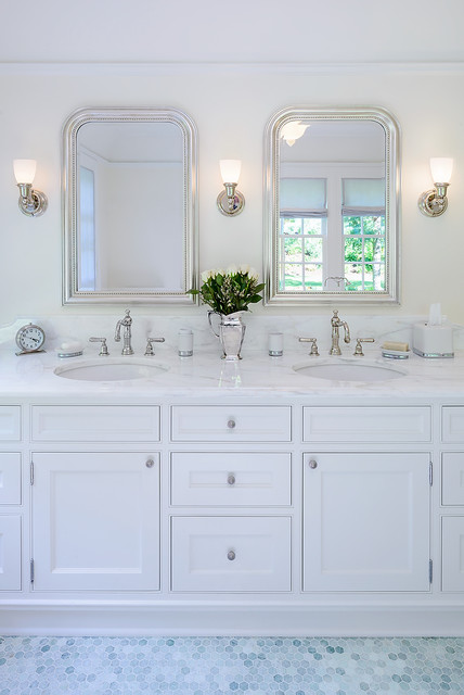 Modern Colonial Bathrooms: Highlands Dutch Colonial