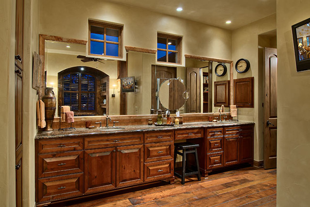 Hill country ranch master bathroom traditional for Ranch bathroom design