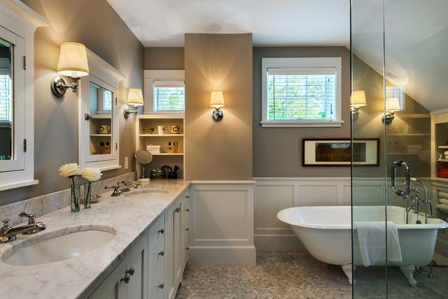 Hills Beach Cottage beach-style-bathroom