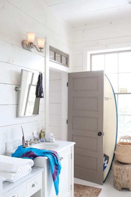 Hinkley Lighting 5362bn Brantley, Brushed Nickel Bathroom Cabinet