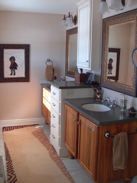His and her vanities for His and her bathroom vanities