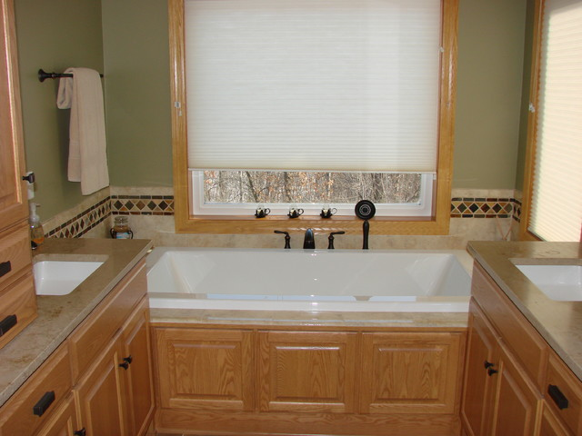 His hers master bathroom suite traditional bathroom for Master bathroom his and hers