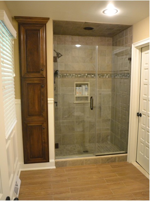 His hers master baths pilesgrove nj traditional for Master bathroom his and hers