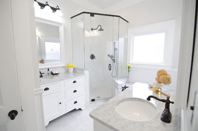 Historic home renovation craftsman bathroom for Bathroom builders birmingham