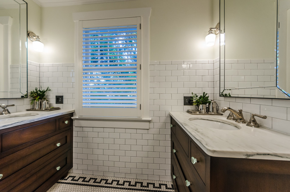Elegant bathroom photo in Tampa