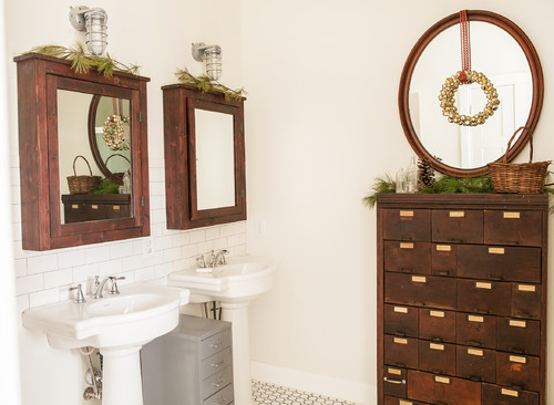 ideas for decorating mirrors for the holidays