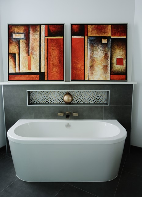 Home Staging - Hollywood, CA contemporary-bathroom