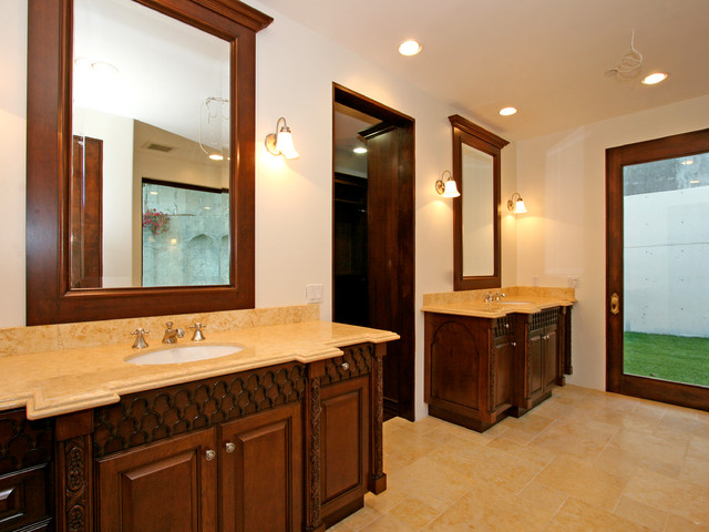 Hollywood Hills mediterranean-bathroom