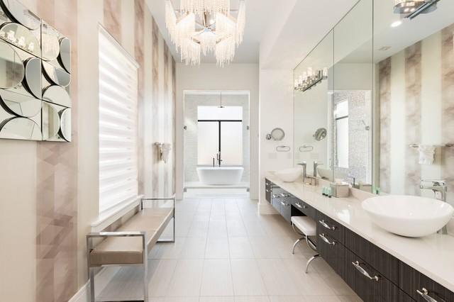 Inspiration for a contemporary bathroom remodel in Orlando