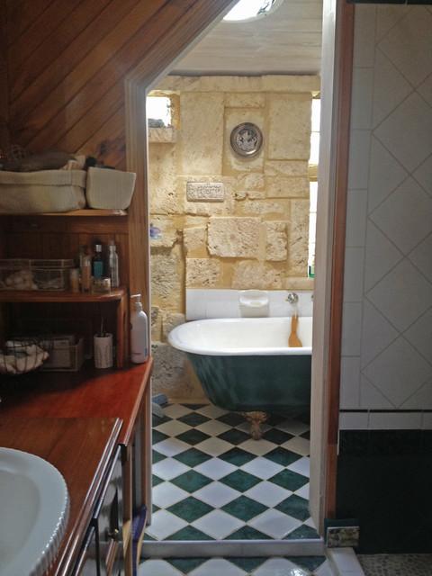 Home eclectic-bathroom