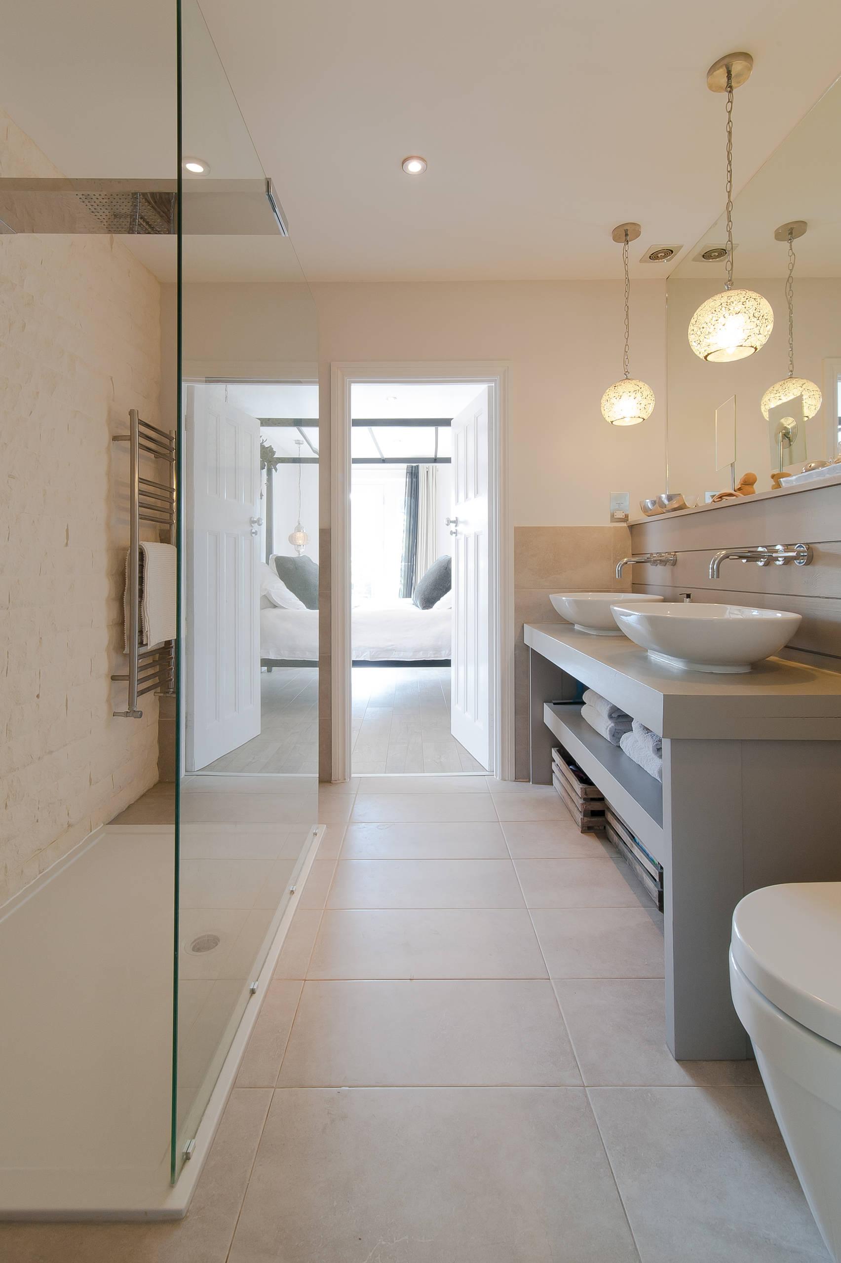 Cream And Gray Bathroom Ideas  Houzz