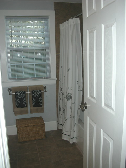 Home staging ideas traditional bathroom other by for Staging bathroom ideas