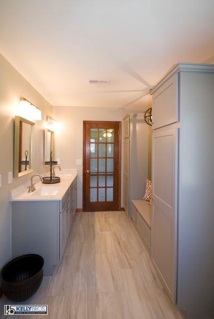 Homecrest Arbor Maple Willow Arbor Modern Bathroom Cincinnati By Kelly Brothers Home