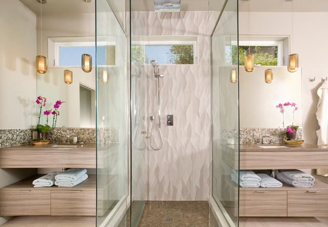 Homes of Distiction - Gig Harbor house contemporary-bathroom