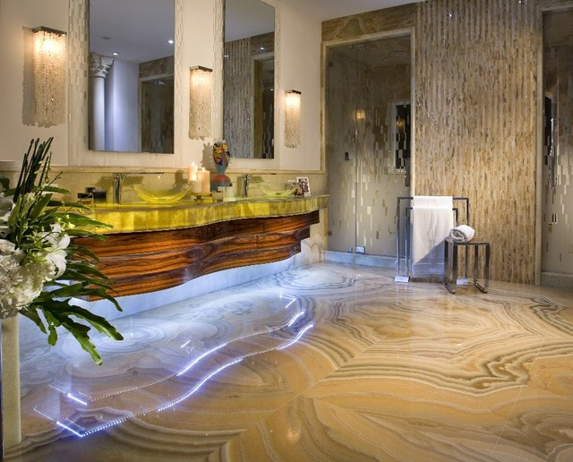 Honey Onyx Eclectic Bathroom