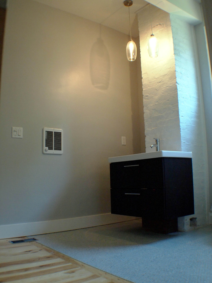 Minimalist bathroom photo in Other