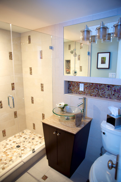 Ex&le of a minimalist bathroom design in Los Angeles & hotel style bathroom - Modern - Bathroom - Los Angeles - by van zee ...