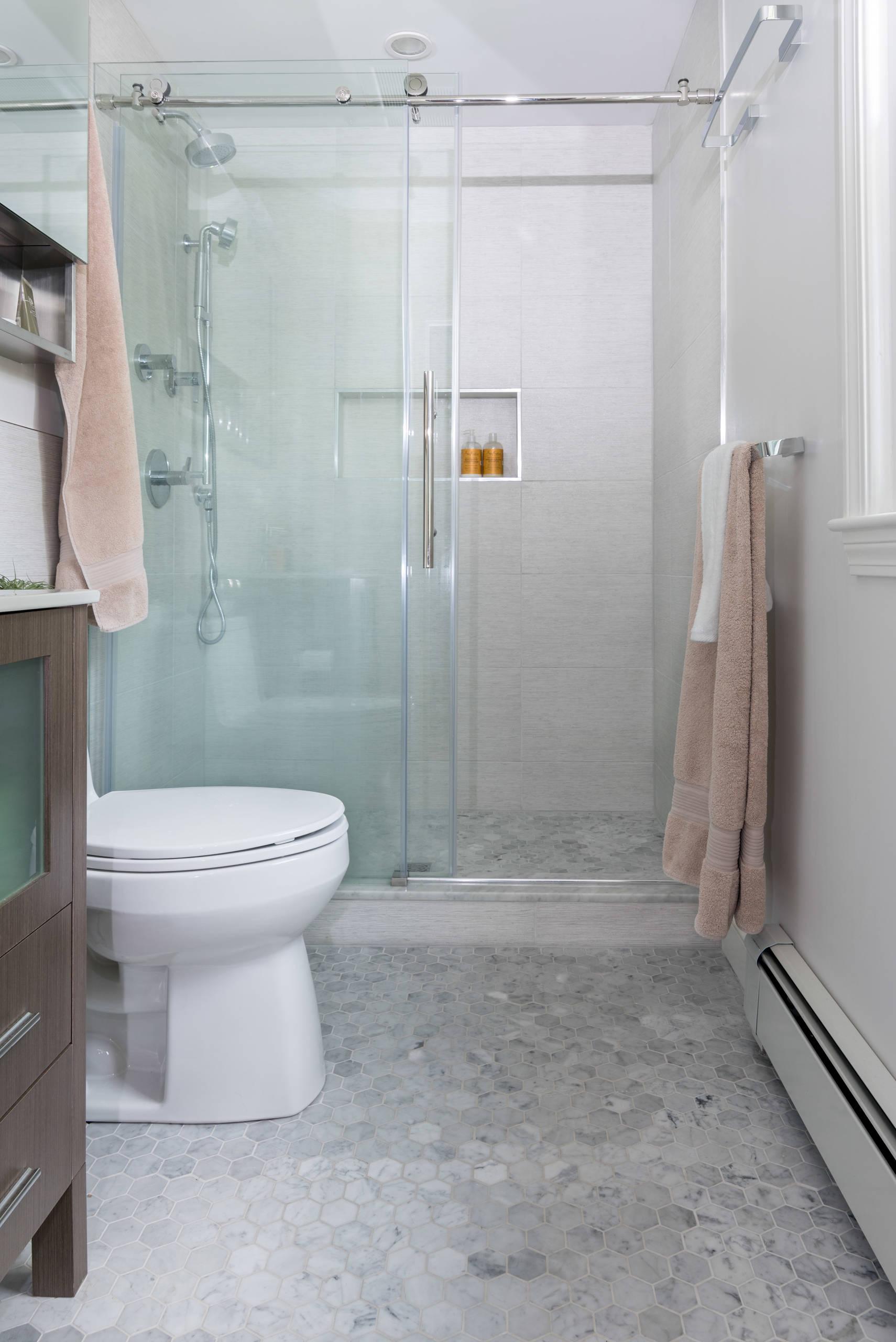 Hotel style master bath